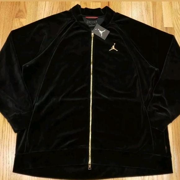 the latest d44d0 ceb69 Men s Air Jordan Black Gold Velour Jacket Ah235010